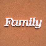 Family felirat faldekorációs célra