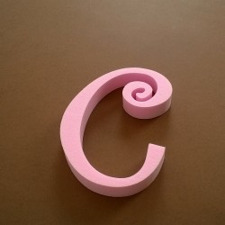 """""""C"""" dekorációs betű a TWISTY termékcsaládból."""