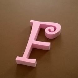 """""""F"""" dekorációs betű a TWISTY termékcsaládból."""