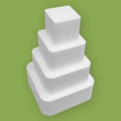 Négy emeletes, lekerekített négyzet alakú gyakorló torta hungarocellből