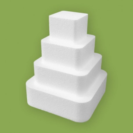 Négy emeletes lekerekített négyzet alakú gyakorló torta 32 cm magassággal